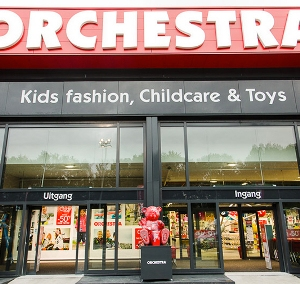 orchestra premaman in financiele problemen