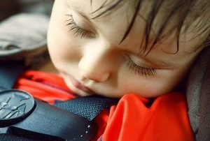 baby achterlaten in auto