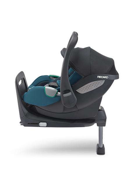 Recaro babyautostoel avan kio